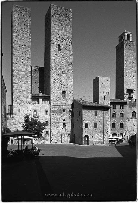 Adsy Bernart photographer travel photography Italy Tuscany Toscana,san gimignano, towers